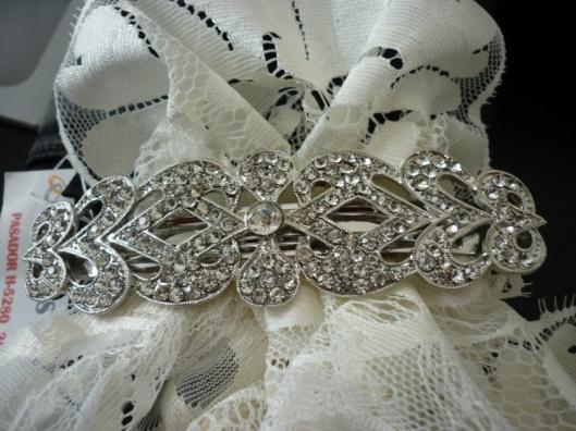 broche de novia Innovias