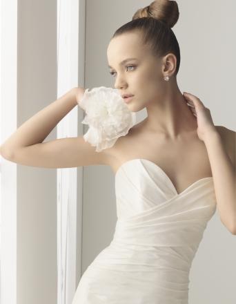 vestido de novia modelo Yute de Marfil para Innovias