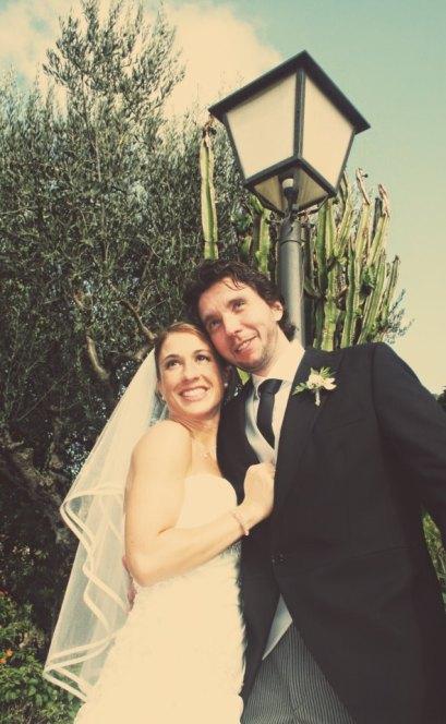 Meritxell con vestido de novia de Innovias