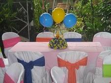 mesa_infantil_boda con tarta gominolas