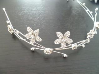 tiara moderna eccb142c6207a4da