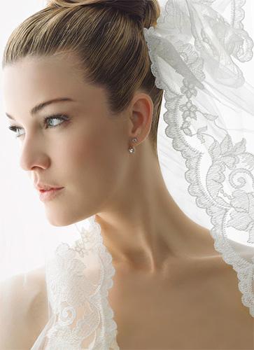 velo-de-novia-el-dia-de-la-boda-5