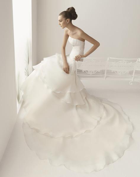 Elige el vestido de novia según tu cuerpo (2/6)