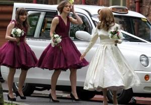 la-novia-y-las-damas-de-honor-a-su-llegada-al-lugar-de-la-celebracion