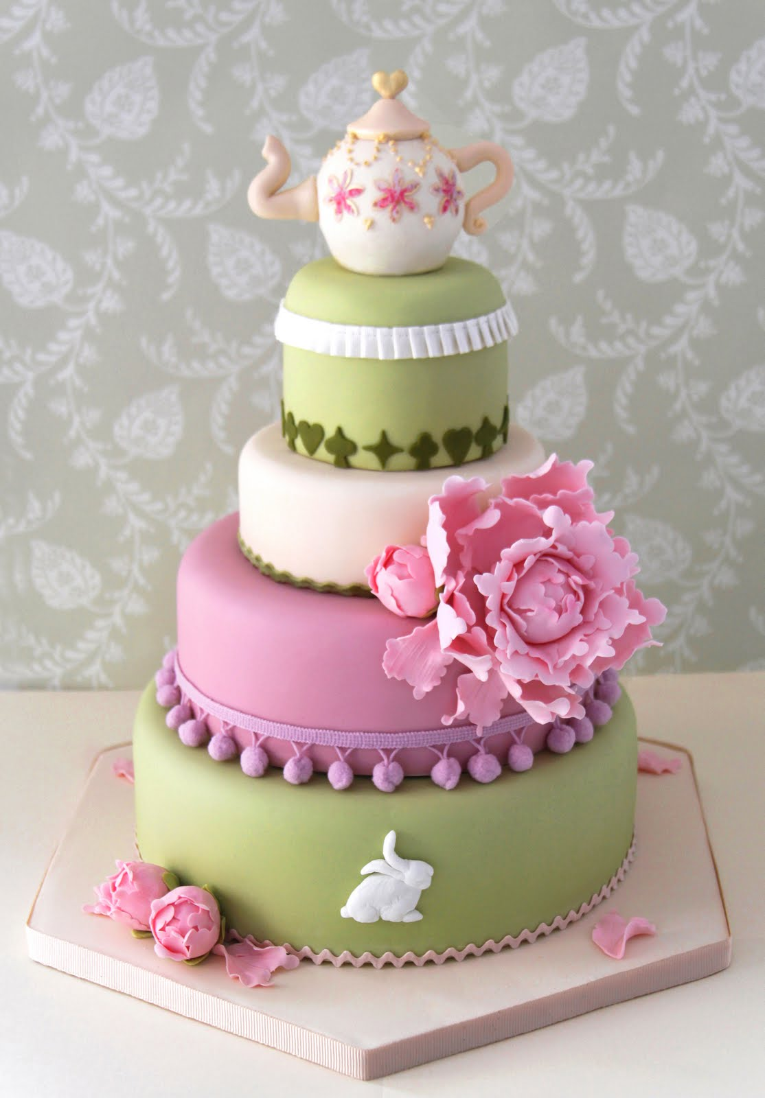 Tarta de boda o torre de cupcakes? | Innovias