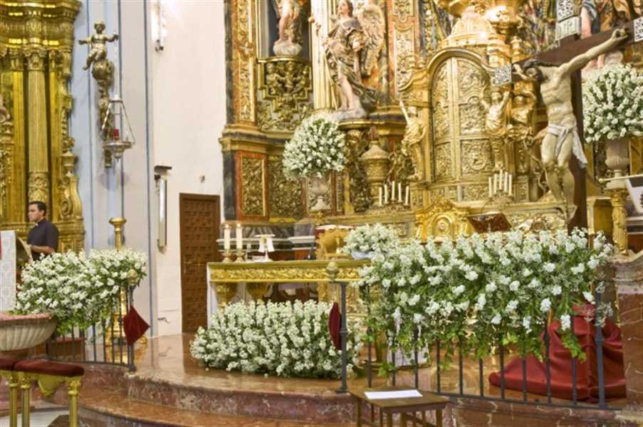 La ceremonia de la boda protocolo ii innovias - Decoracion floral para bodas ...