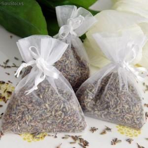 flores-de-lavanda-para-rellenar-cajitas-como-sutituto-del-arroz-4934001z1