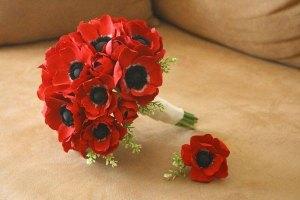 Keepsake-Blossoms-Red-Anemone