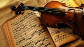 Violin-y-partituras-1920x1080-extrafindos-com.