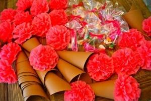 confetticonpompones