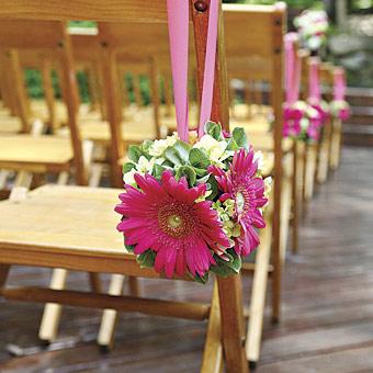 Decoraci n sillas boda innovias for Sillas para novios en la iglesia