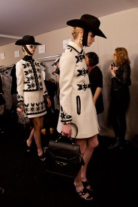 Moschino+Fall+2012+Backstage+LdCRoF-3zlsl
