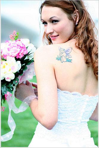 novias con tatuajes ¿quieres lucirlo u ocultarlo el día de tu boda