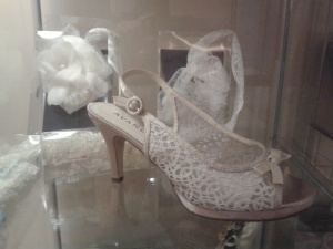 sandalia de novia Innovias encaje champagne