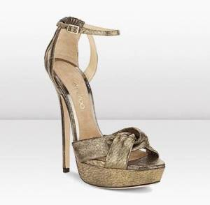 zapato-dorado-jimmy-choo