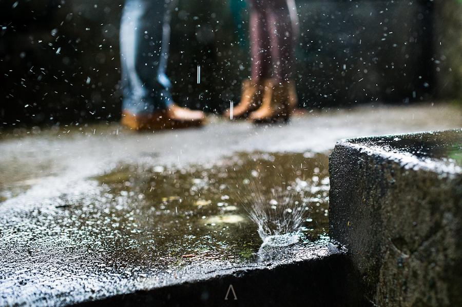 Una sesión pre-boda bajo la lluvia (5/6)
