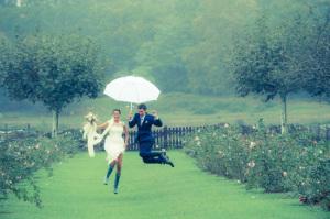 Una sesión pre-boda bajo la lluvia (1/6)
