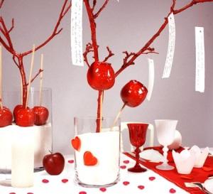 Original-Centro-de-Mesa-para-San-Valentín-con-Manzanas-Caramelizadas1