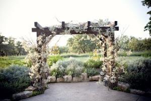 Matrimonio campo altar decoracion1