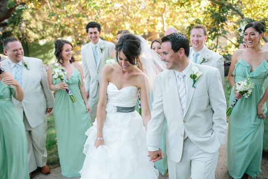 vestido de novia verde agua