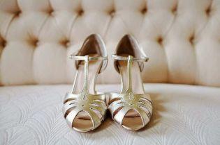zapatos dorados rachel simpson