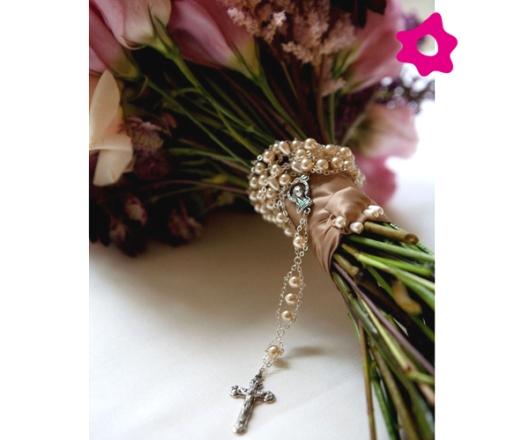 ramo de novia con rosario