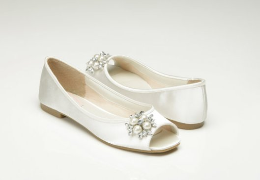 zapato-peep-toe-plano-novia
