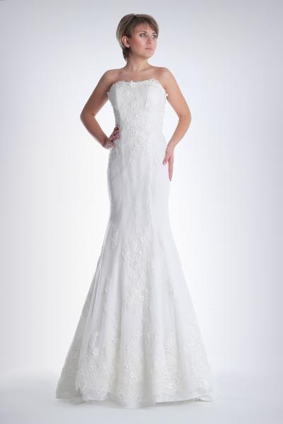 Los 5 vestidos de novia primavera 2015 de Vera Wang favoritos de Innovias. (4/6)