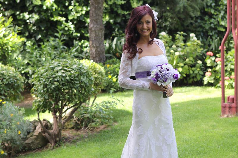 Vestidos de novia con cinturon morado