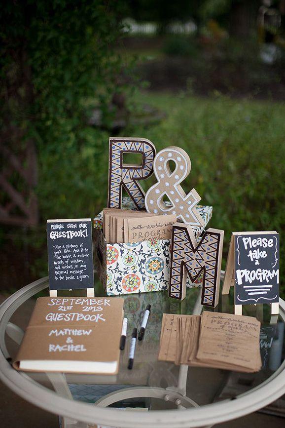 Inspiraci n innovias libros y rosas en tu boda innovias for Libros de decoracion