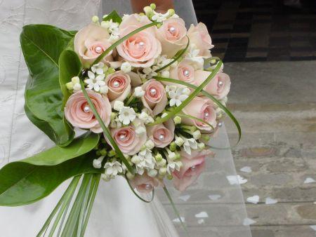 bouquet-de-fleur-mariage-ywrn