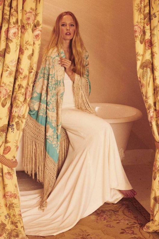 novia con manton de manila