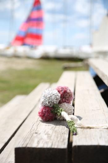 ramo de flores de punto