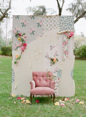 Photocall para una boda vintage. Vía Pinterest.
