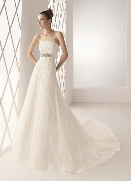 vestido de novia liso o con encaje? ¡innovias te ayuda! | innovias