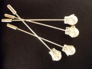 Otro modelo de alfiler de novias con tapón de Innovias.