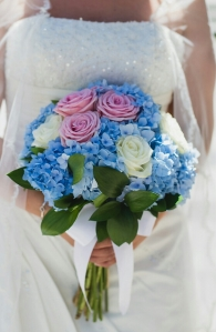 Ramo de novia azul. Vía Pinterest.