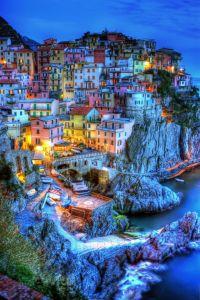 Pueblos para descubrir en Europa: Cinque Terre, Italia. Vía Pinterest.