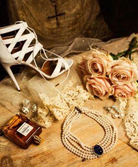 Las joyas y accesorios perfectos para novia. Vía Pinterest.