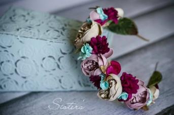 Corona de flores Innovias al gusto de la novia.