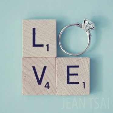 Formas divertidas de regalar el anillo de pedida. Vía Pinterest.