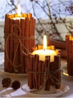 Velas decoradas con troncos para una boda rústica en el campo. Vía Pinterest.