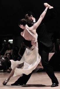 novios-bailando-tango