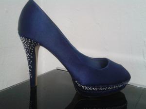 zapato azul innovias
