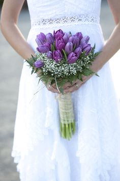 ramo de novia tulipan morado