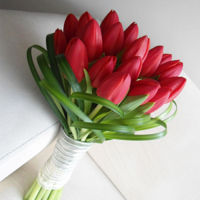 bouquet-de-tulipanes-rojos