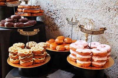 donuts bar