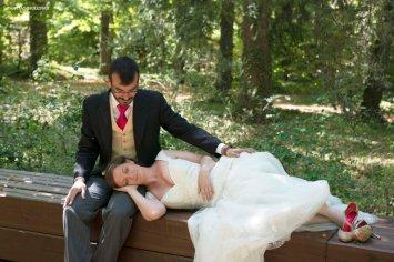 santiago-barguec3b1o-fotografo-post-boda-bosque-2792