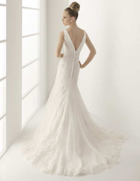 los consejos innovias para recoger la cola del vestido de novia y