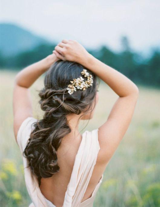 semirecogido-novia-lucir-melena